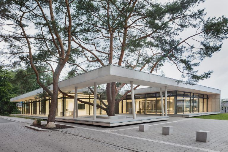 Educational physics laboratory «Light & Schools», Hamburg